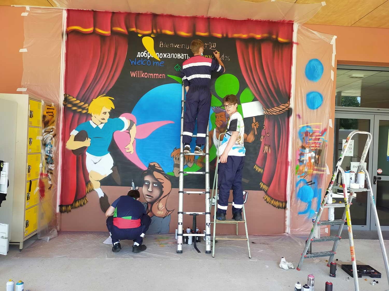 Fresque peinte par étudiants